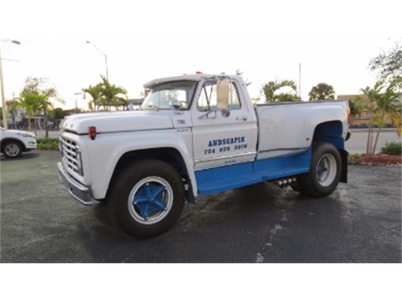 Large Picture of '74 F700 located in Miami Florida - JSOU