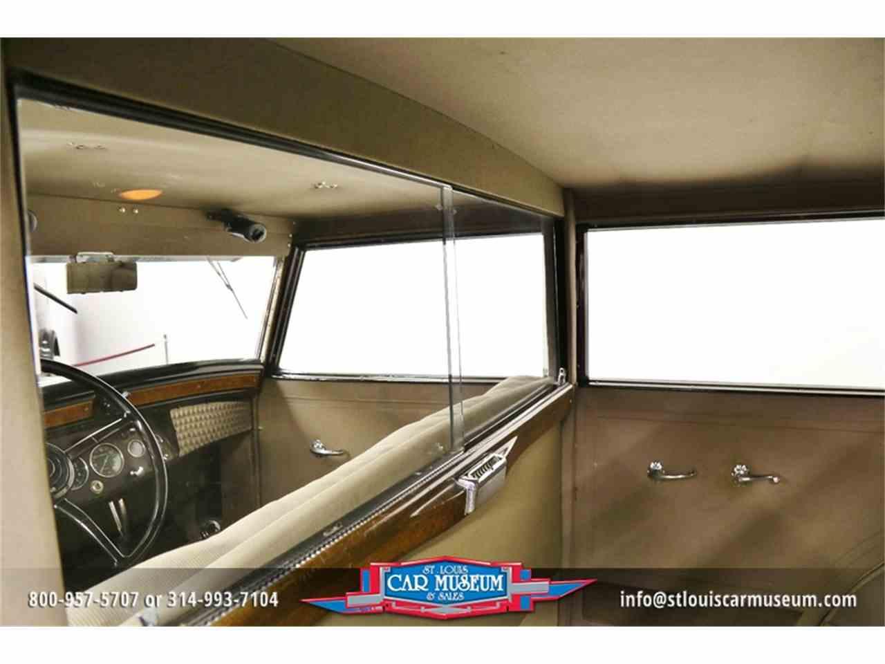Large Picture of '31 Cadillac V-16 Madam X Landau Sedan located in St. Louis Missouri - JSU3