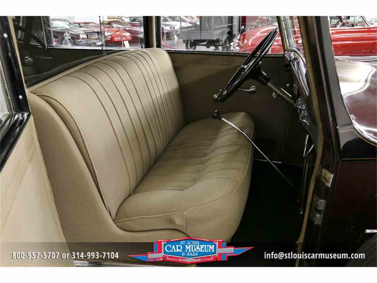 Large Picture of Classic 1931 V-16 Madam X Landau Sedan - JSU3