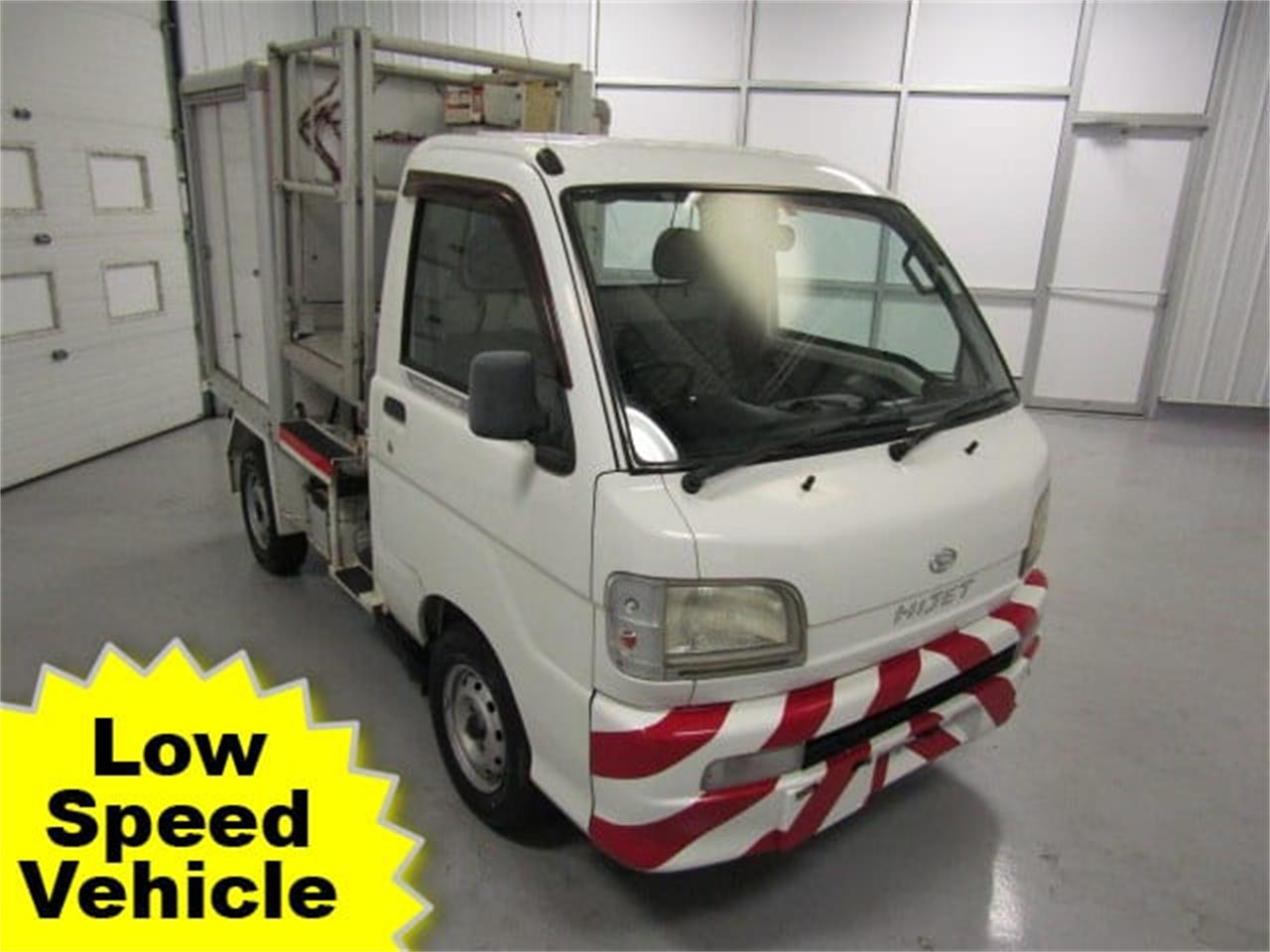 Large Picture of 2004 Daihatsu HiJet located in Christiansburg Virginia - $8,900.00 - JSZ4