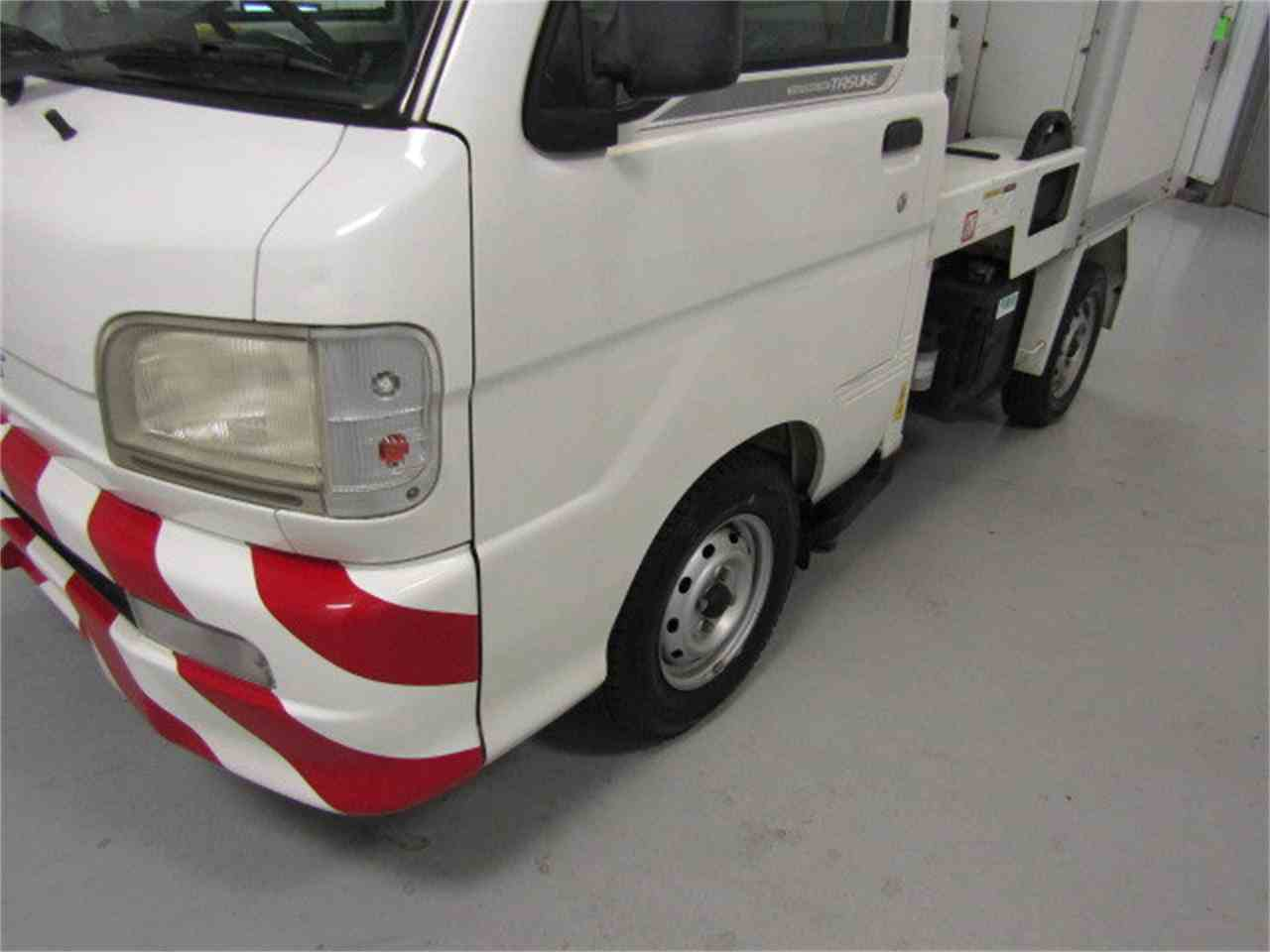 Large Picture of '04 Daihatsu HiJet located in Christiansburg Virginia Offered by Duncan Imports & Classic Cars - JSZ4