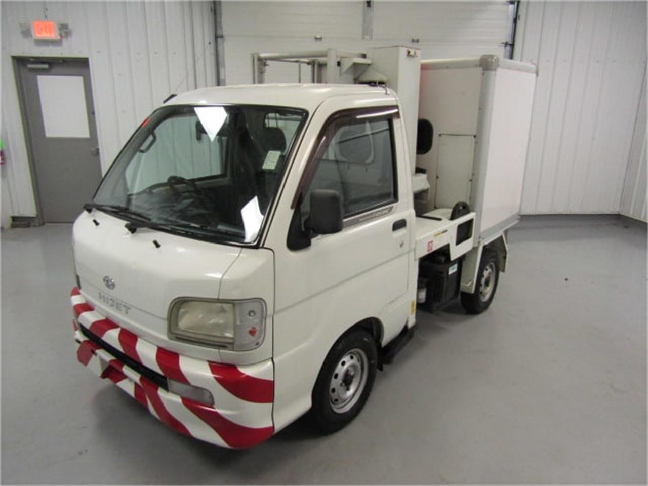 Large Picture of 2004 Daihatsu HiJet - JSZ4