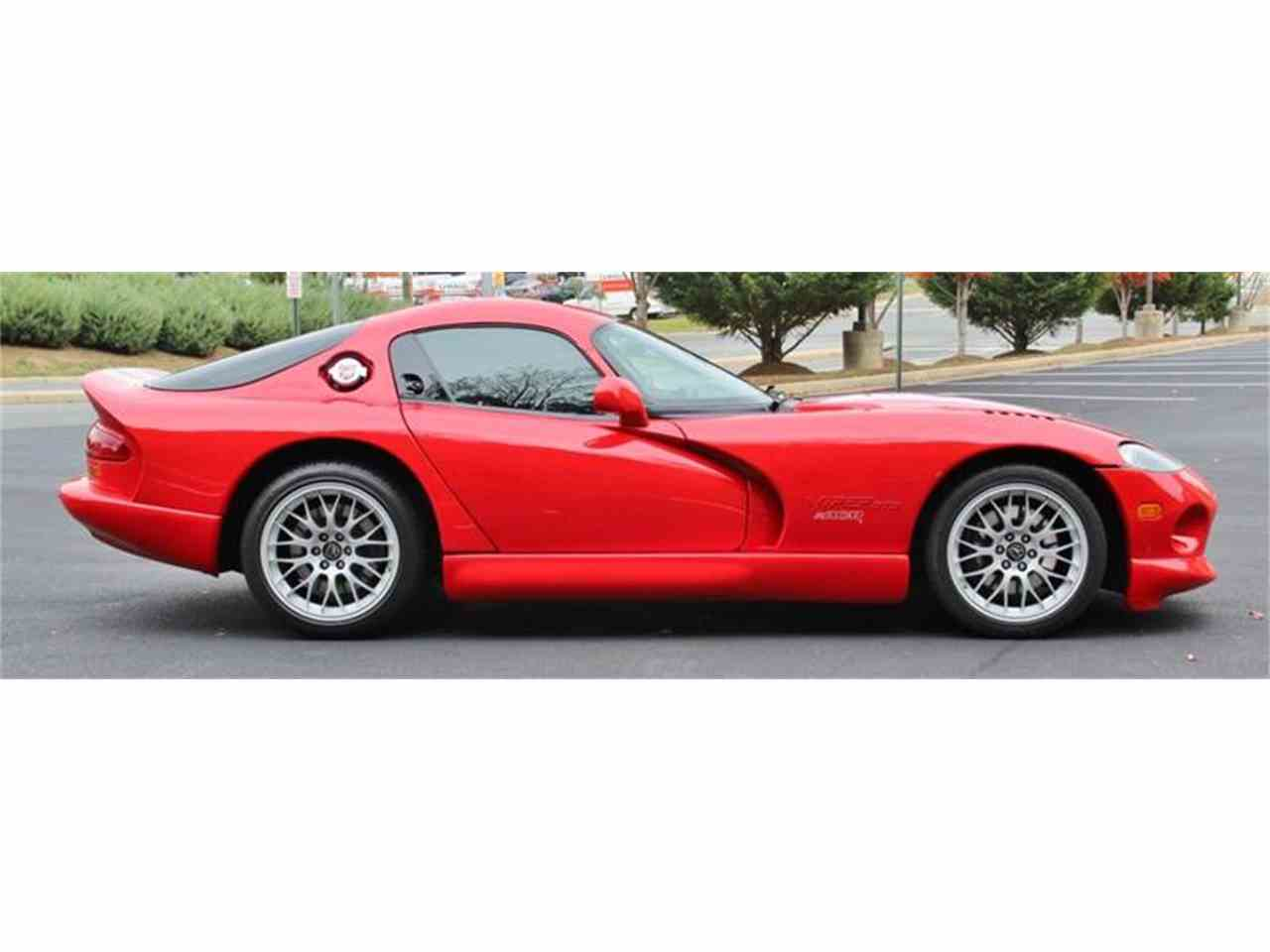 Large Picture of 2000 Dodge Viper - JTIR