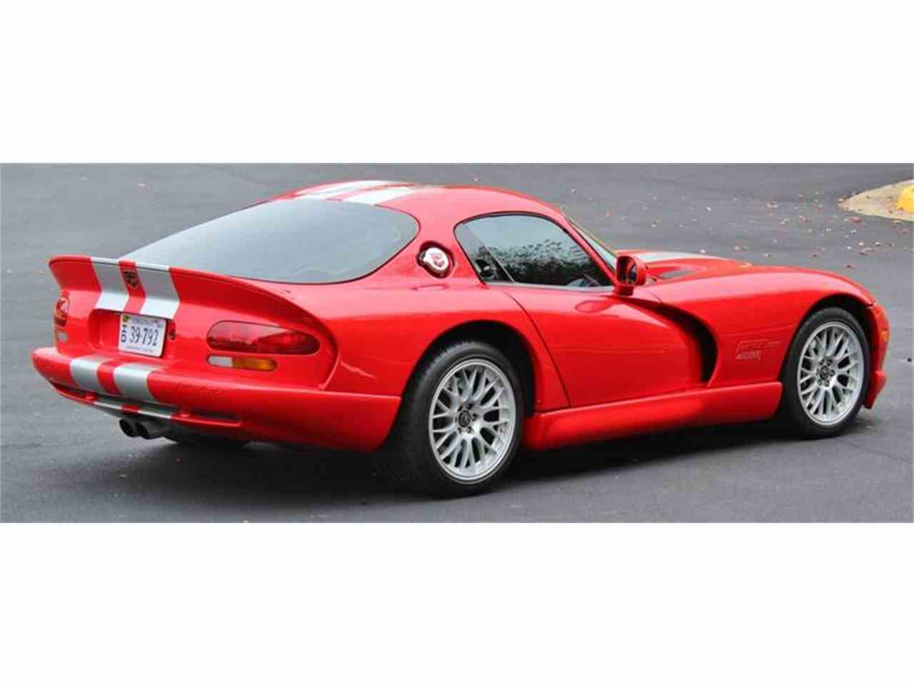 Large Picture of '00 Dodge Viper located in Virginia Auction Vehicle - JTIR