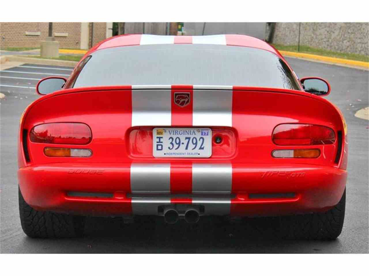 Large Picture of '00 Dodge Viper located in Triangle Virginia Auction Vehicle Offered by Cooper Corvettes - JTIR
