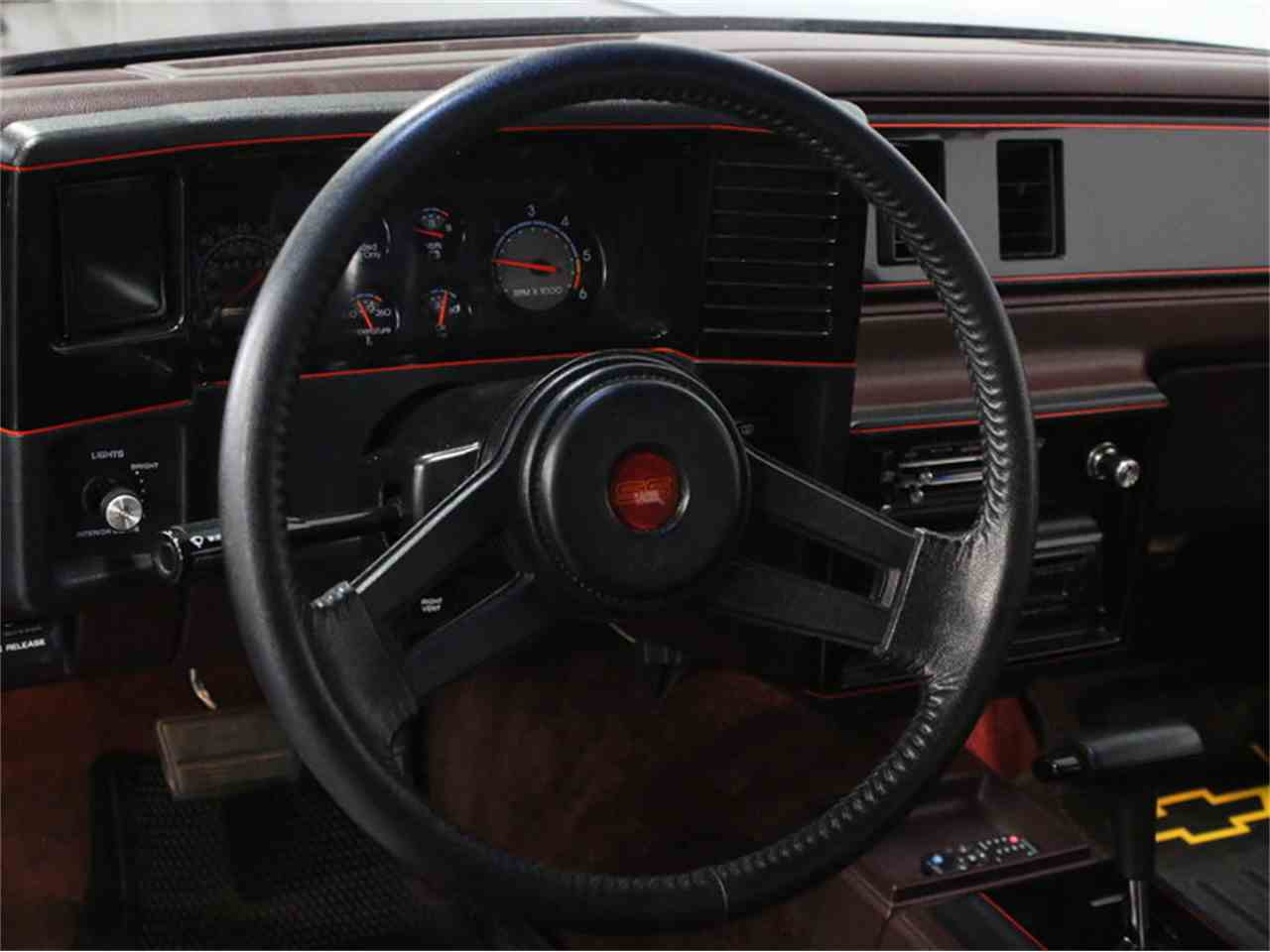Large Picture of '88 Monte Carlo SS - JTIZ