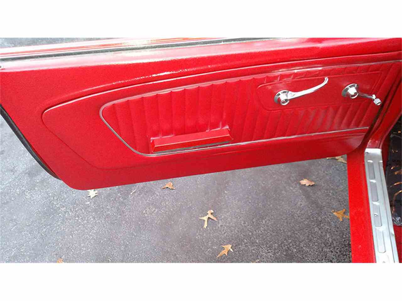 Large Picture of Classic 1965 Ford Mustang located in Huntingtown Maryland - $39,900.00 Offered by Old Town Automobile - JU41