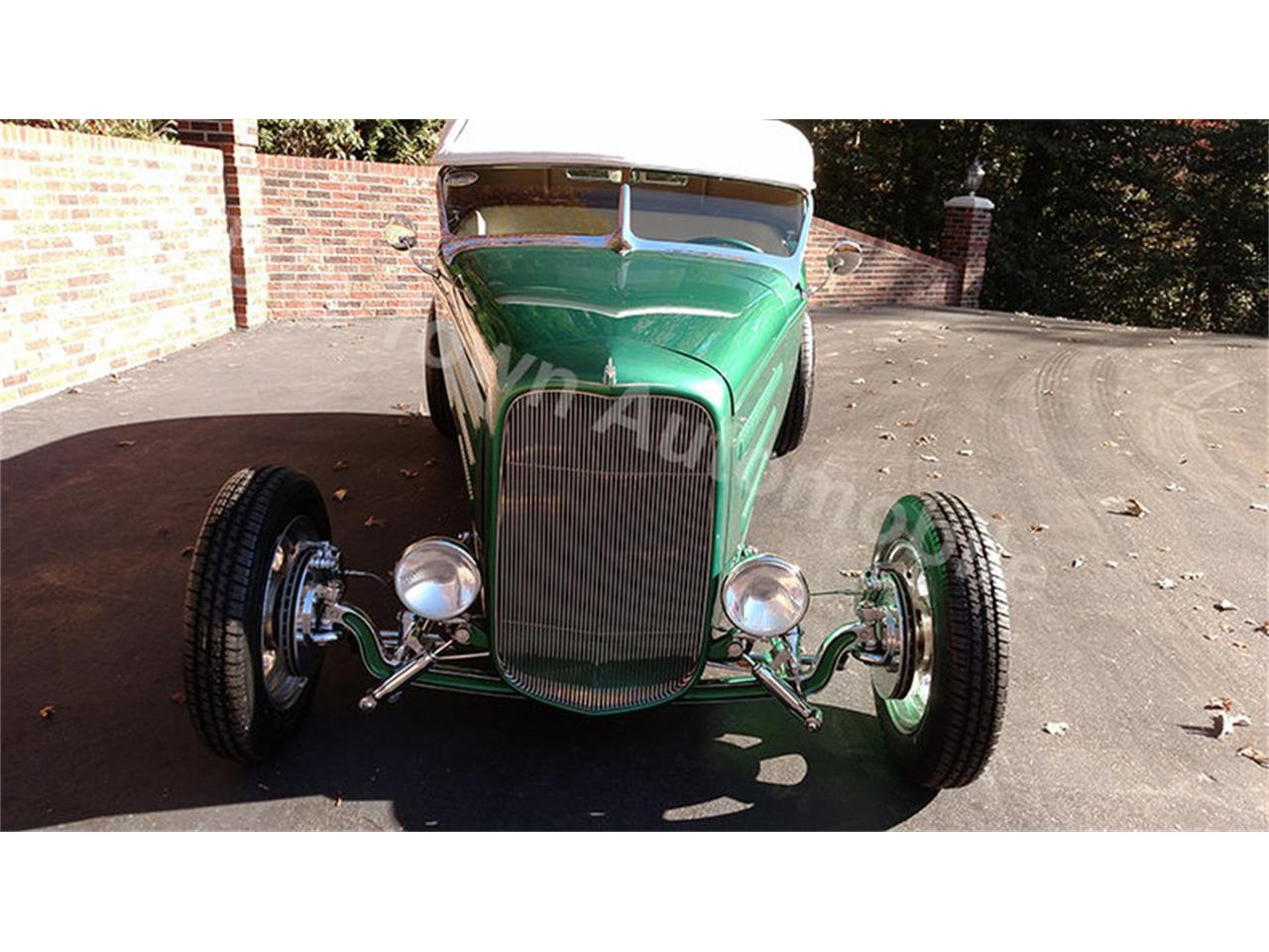 Large Picture of Classic '32 Roadster Offered by Old Town Automobile - JU43