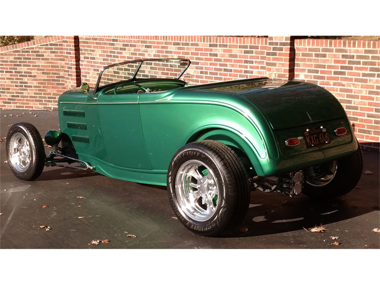 Large Picture of Classic 1932 Ford Roadster - $42,900.00 - JU43