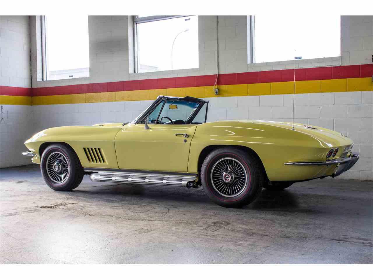 Large Picture of '67 Corvette - JU5F