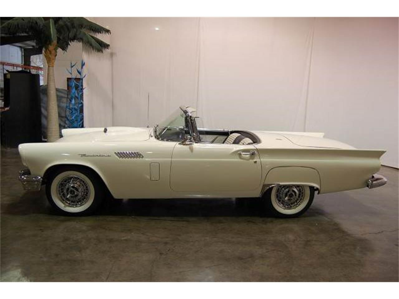 Large Picture of 1957 Ford Thunderbird located in Georgia Offered by Classic AutoSmith - JU8G