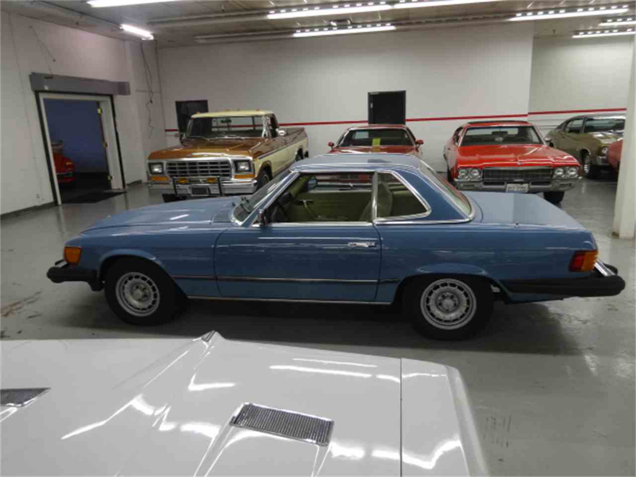 Large Picture of '81 Mercedes-Benz 380SL located in Lake Zurich Illinois - $10,900.00 - JQBB