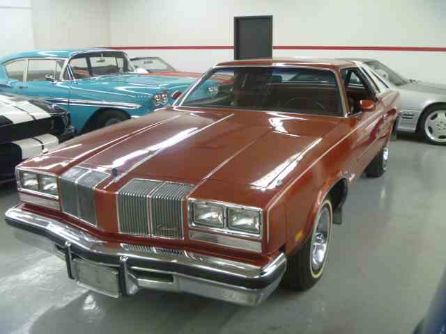 Picture of '76 Cutlass Supreme - JQBJ