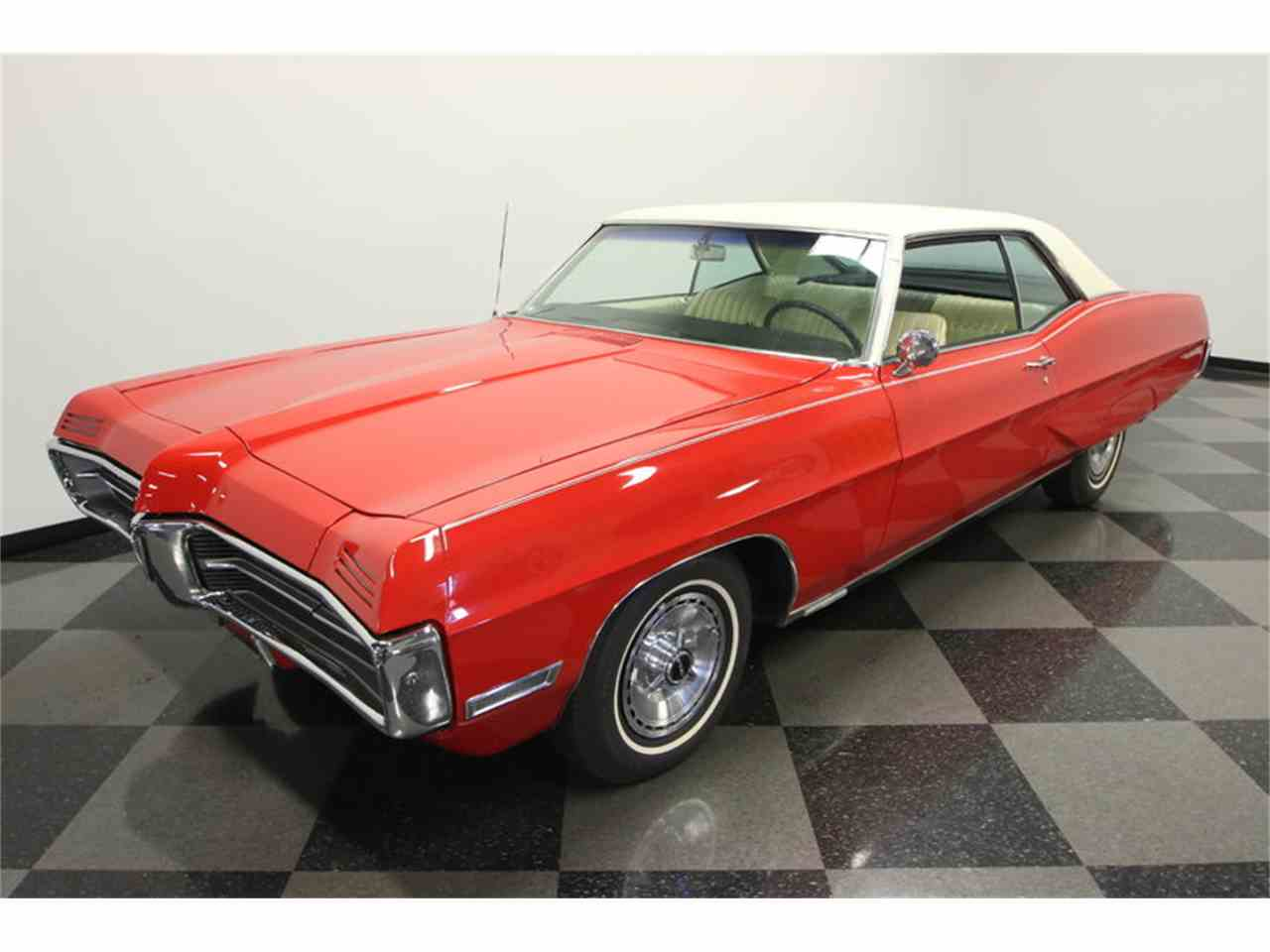 Large Picture of Classic 1967 Pontiac Grand Prix located in Florida - $24,995.00 Offered by Streetside Classics - Tampa - JUBA