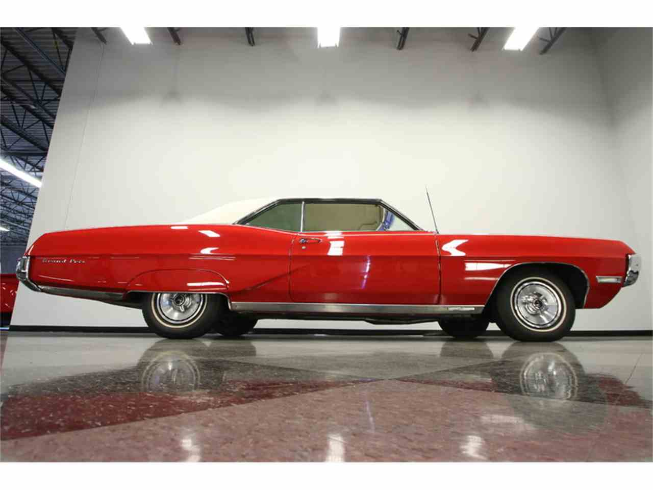 Large Picture of '67 Grand Prix Offered by Streetside Classics - Tampa - JUBA