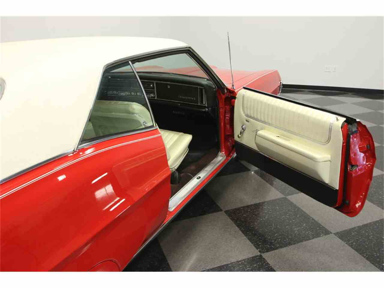Large Picture of 1967 Grand Prix - $24,995.00 Offered by Streetside Classics - Tampa - JUBA