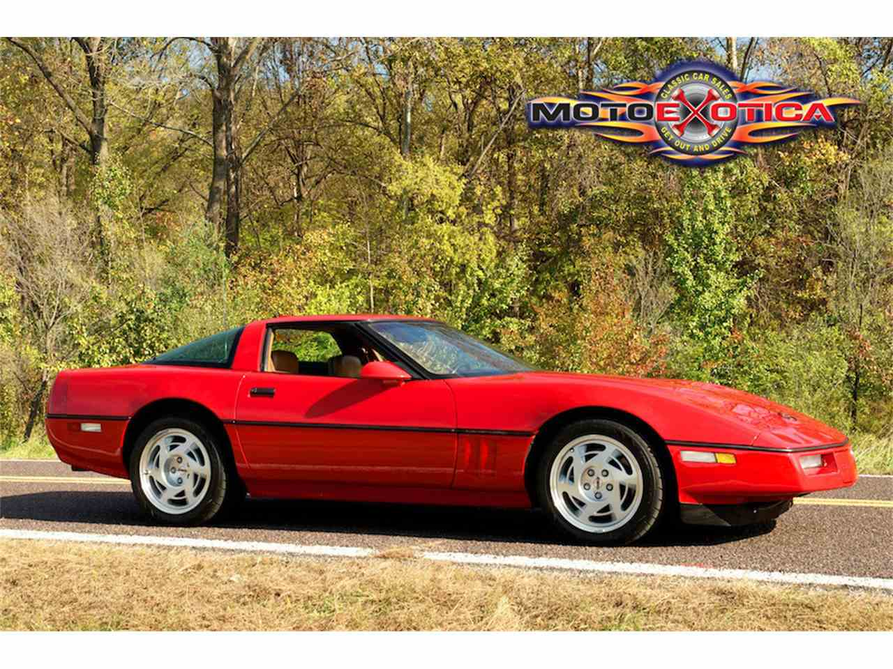 Large Picture of 1990 Chevrolet Corvette ZR1 Auction Vehicle Offered by MotoeXotica Classic Cars - JUGV