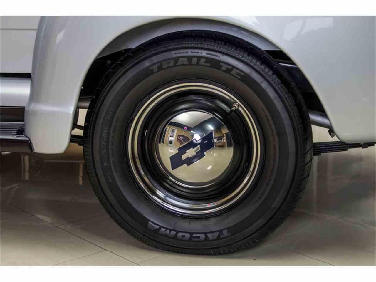 Large Picture of '55 Chevrolet 3100 5 Window Deluxe Pickup - JUIZ