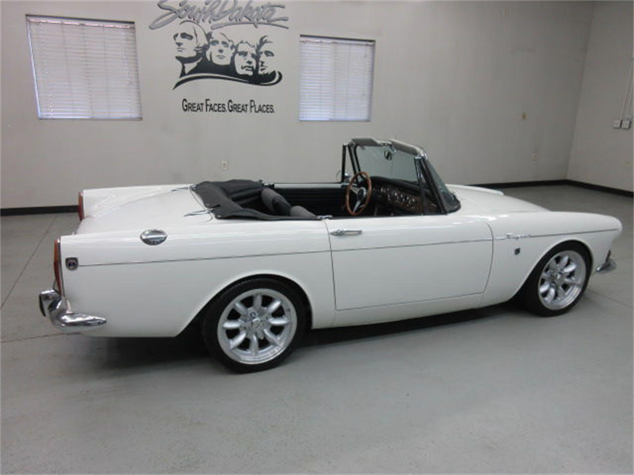 Large Picture of '67 Sunbeam Alpine located in Sioux Falls South Dakota - JUJS