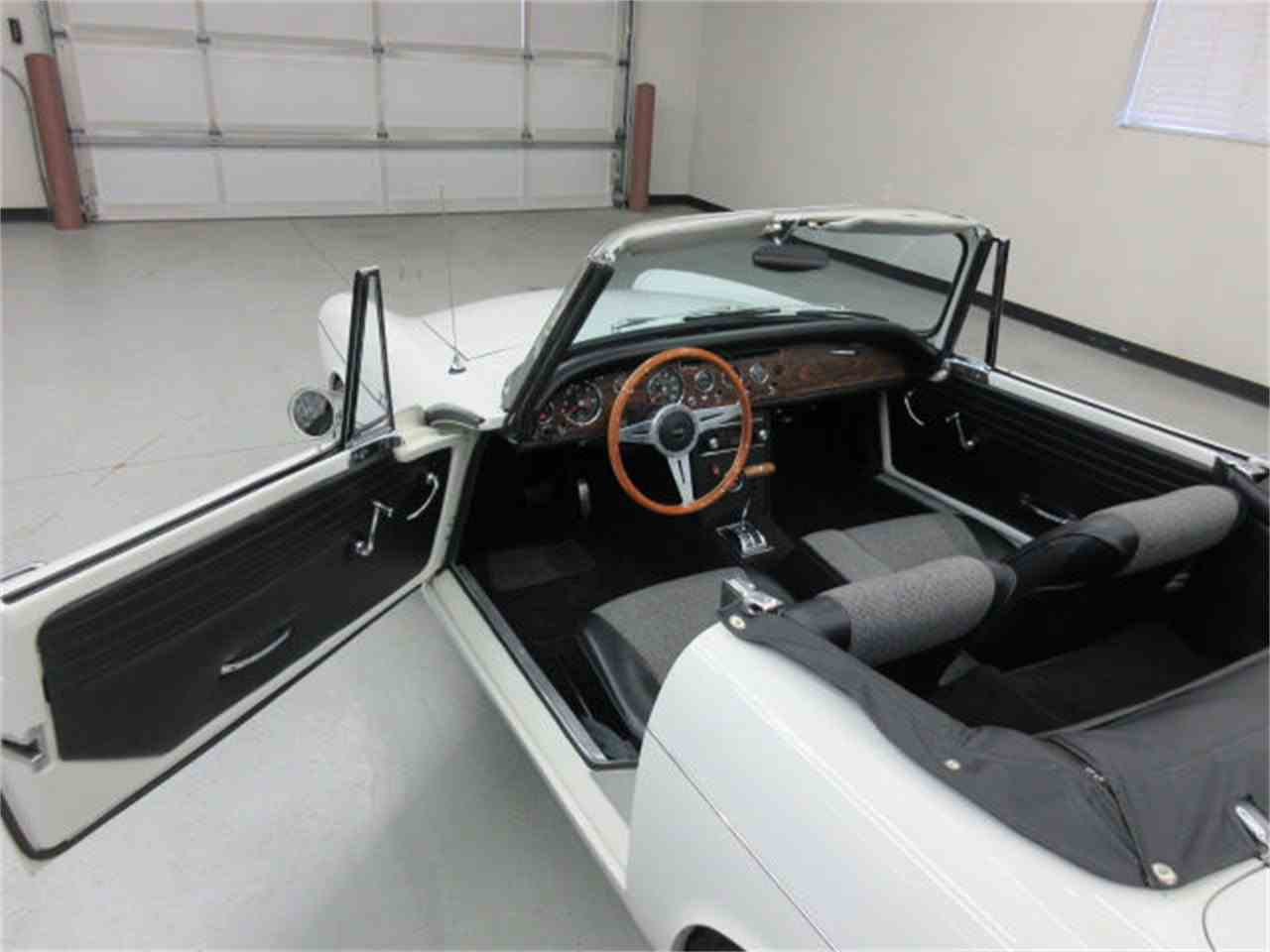 Large Picture of 1967 Sunbeam Alpine located in Sioux Falls South Dakota - $40,975.00 Offered by Frankman Motor Company - JUJS