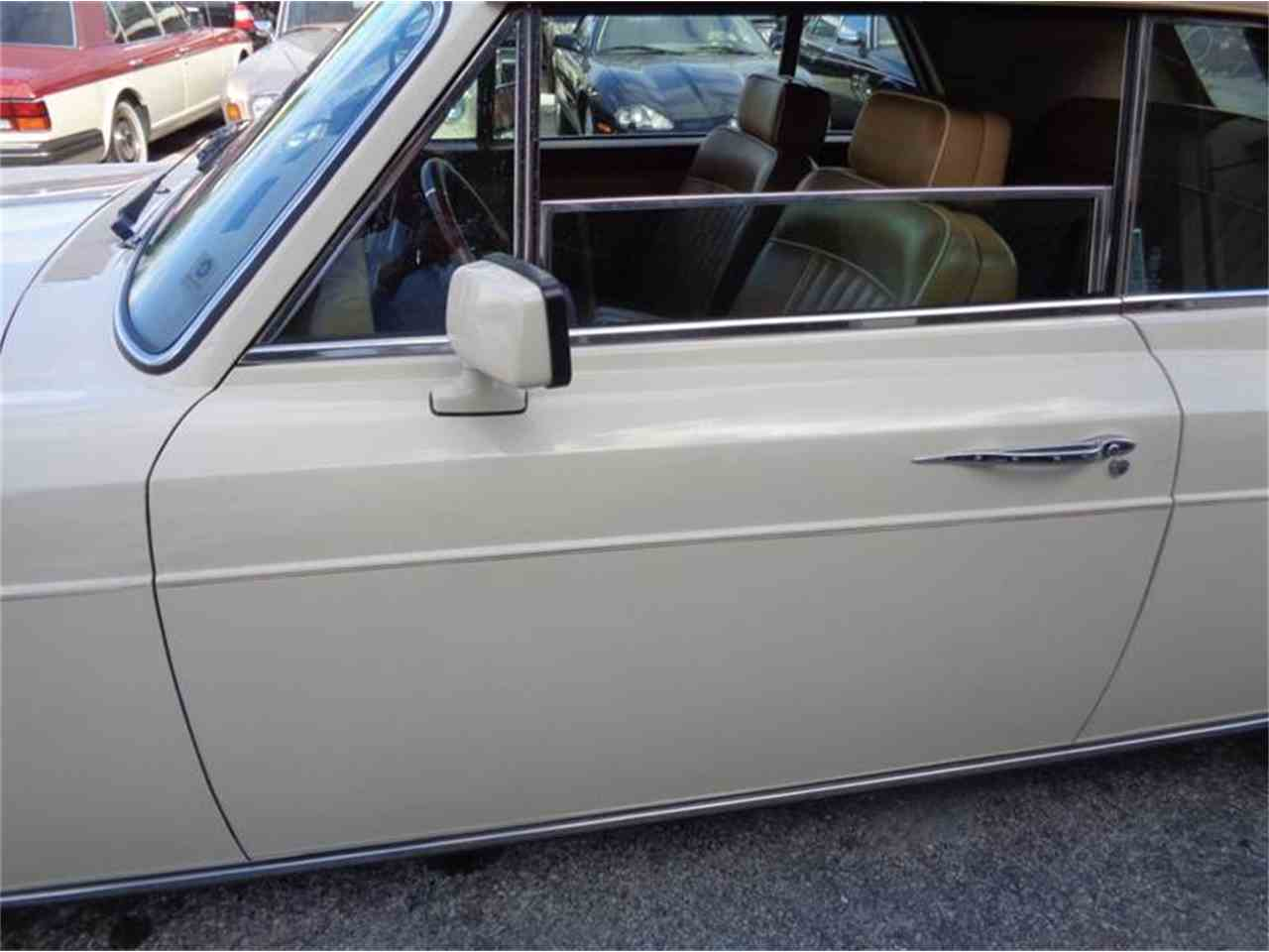 Large Picture of '86 Continental - JUM8