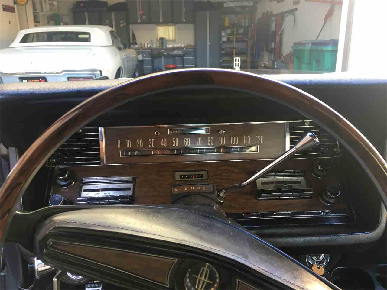 Large Picture of '68 Continental - JUWX