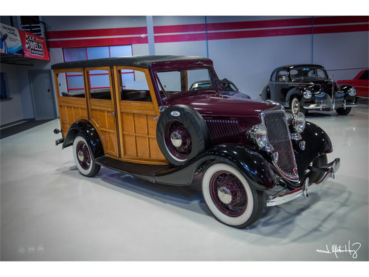 Large Picture of Classic 1934 Ford Woody Wagon located in Arizona - $47,500.00 Offered by Crown Concepts LLC - JUZV