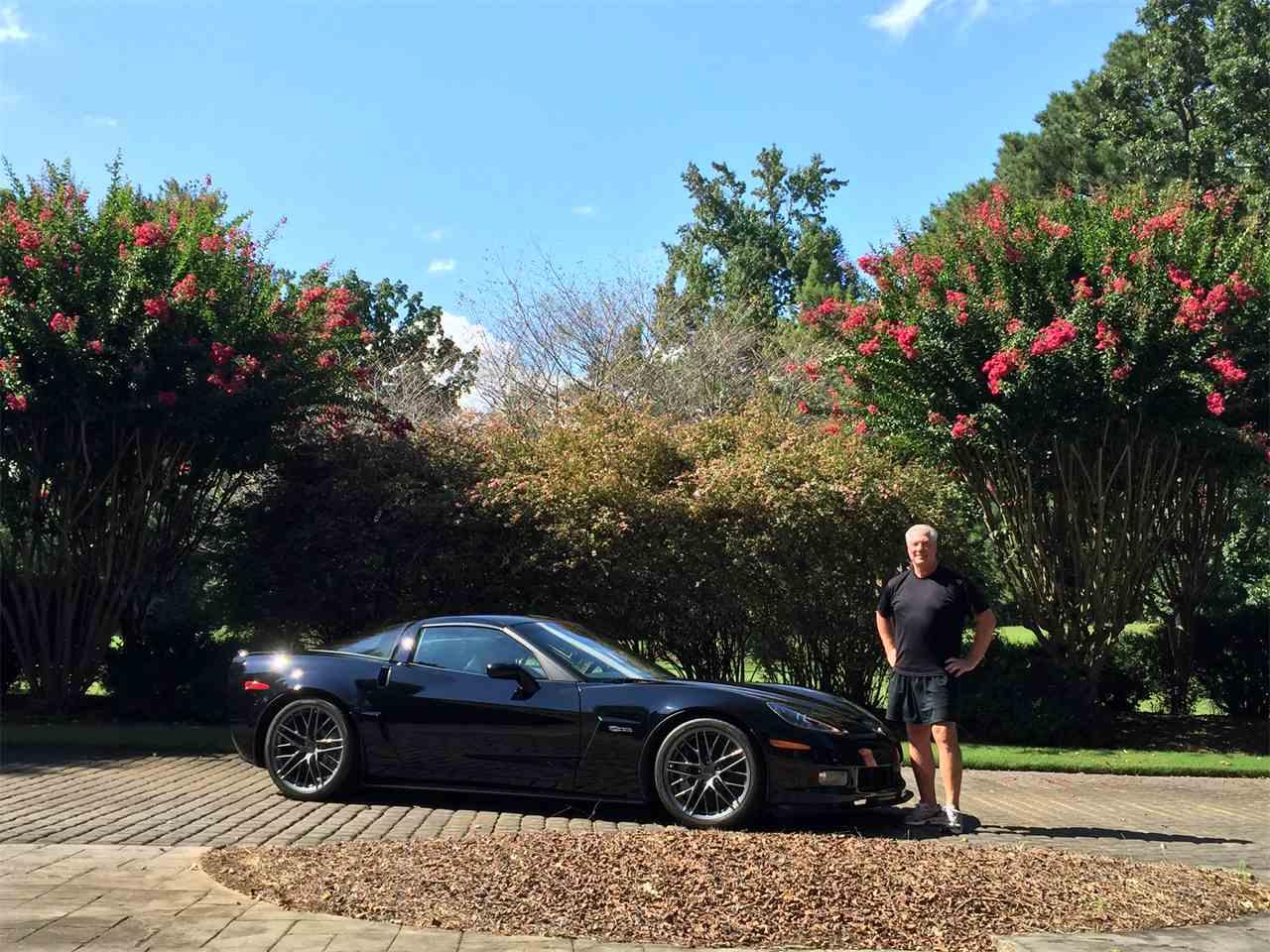 Large Picture of '11 Corvette Z06 - JQEV