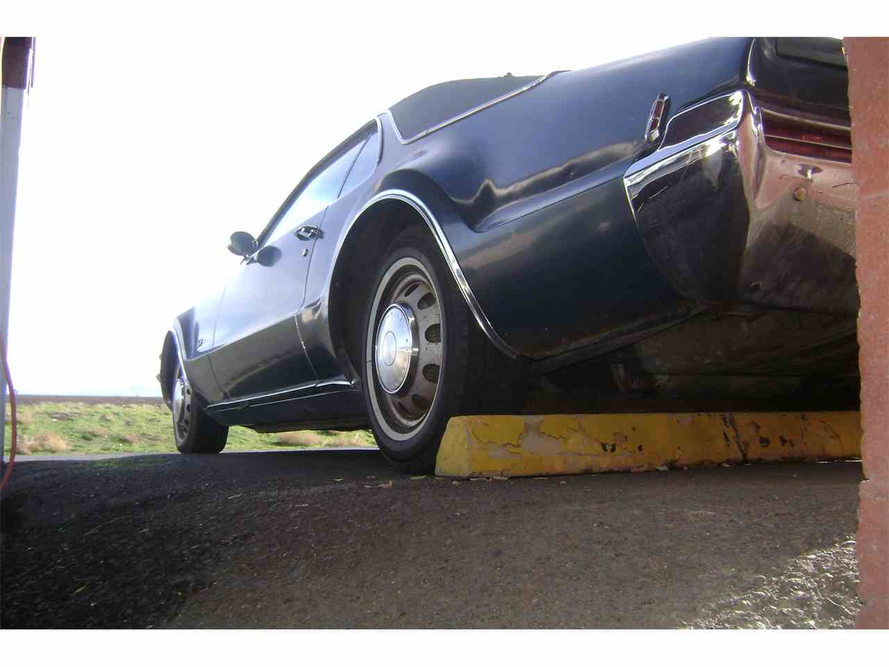 Large Picture of Classic 1968 Toronado located in Oregon Offered by Cool Classic Rides LLC - JV8U