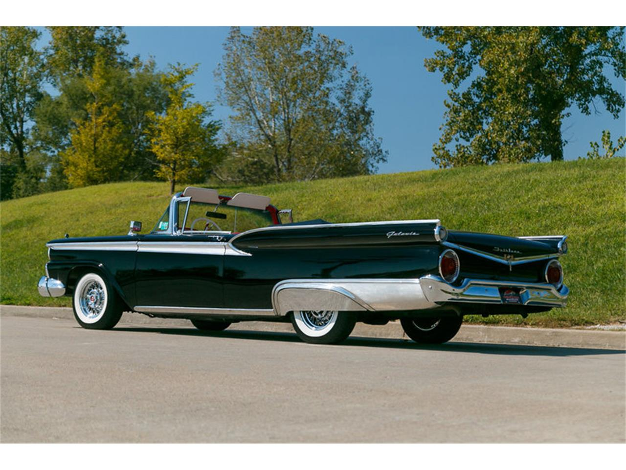 Large Picture of 1959 Ford Fairlane located in St. Charles Missouri - $39,995.00 Offered by Fast Lane Classic Cars Inc. - JVAR