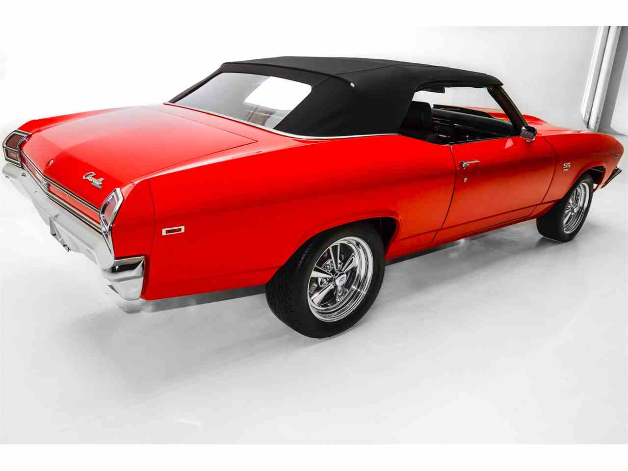 Large Picture of '69 Chevelle located in Des Moines Iowa Offered by American Dream Machines - JVGL