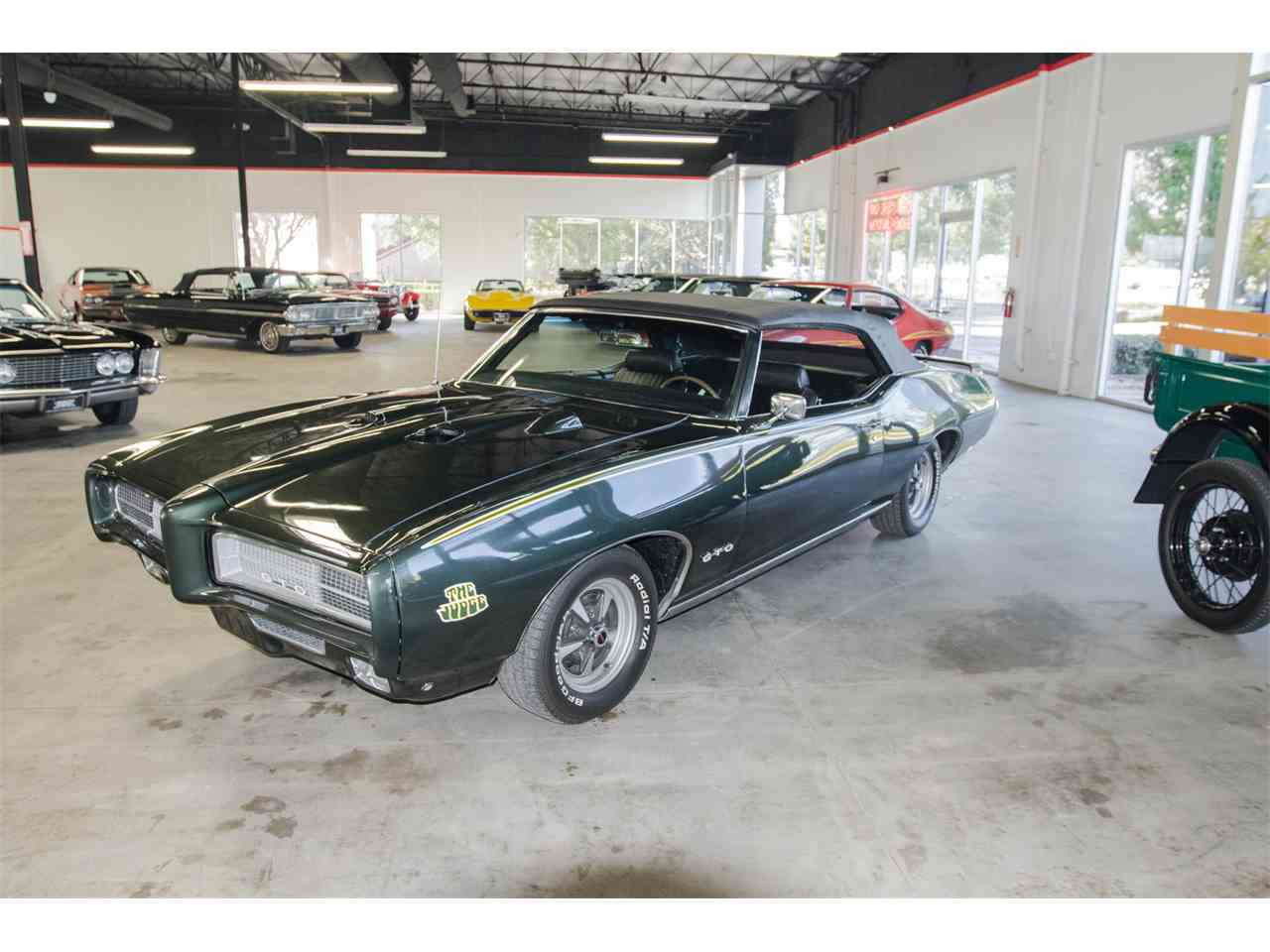 Large Picture of Classic 1969 Pontiac GTO located in California - JVOR