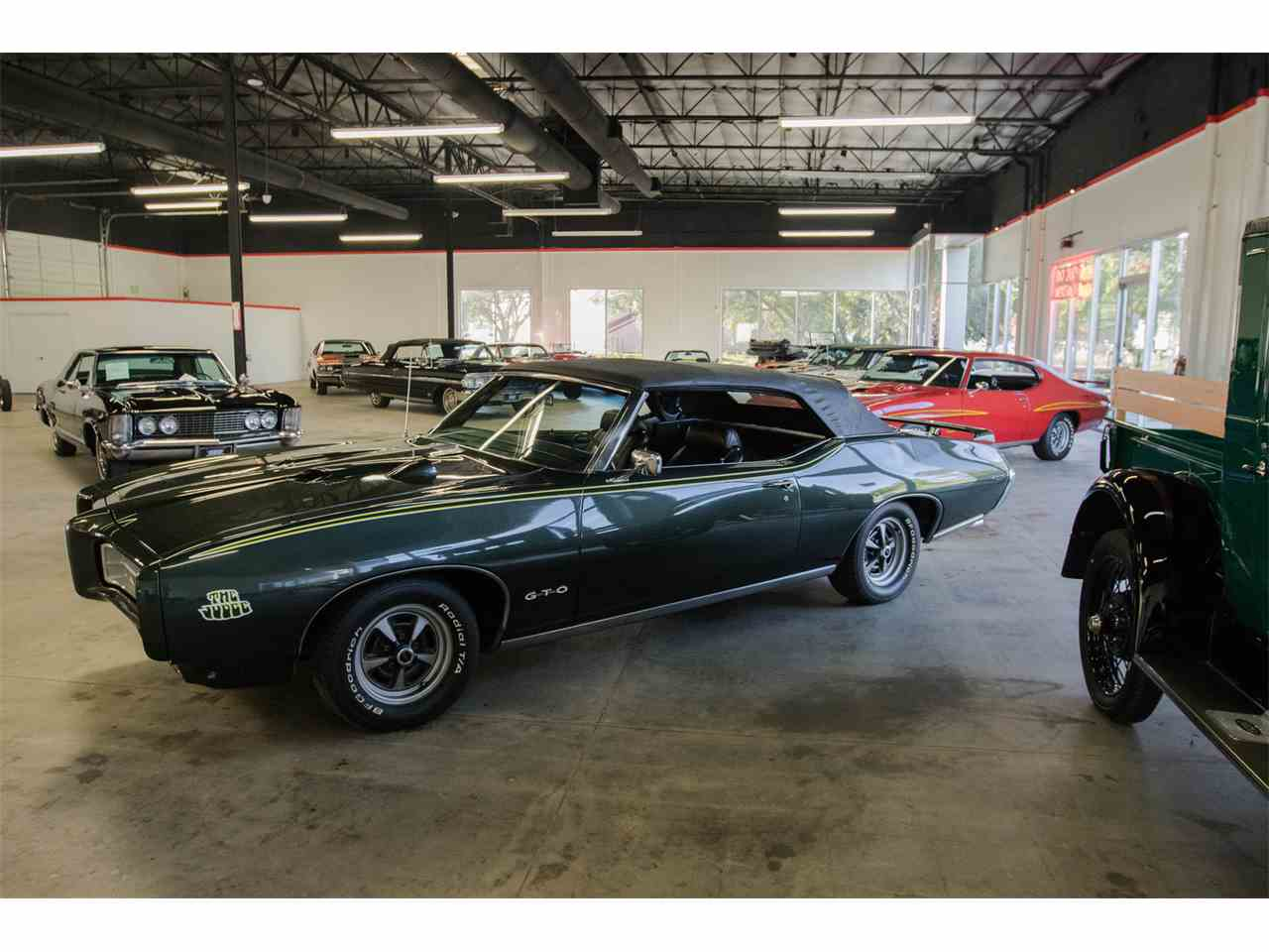 Large Picture of '69 Pontiac GTO - JVOR