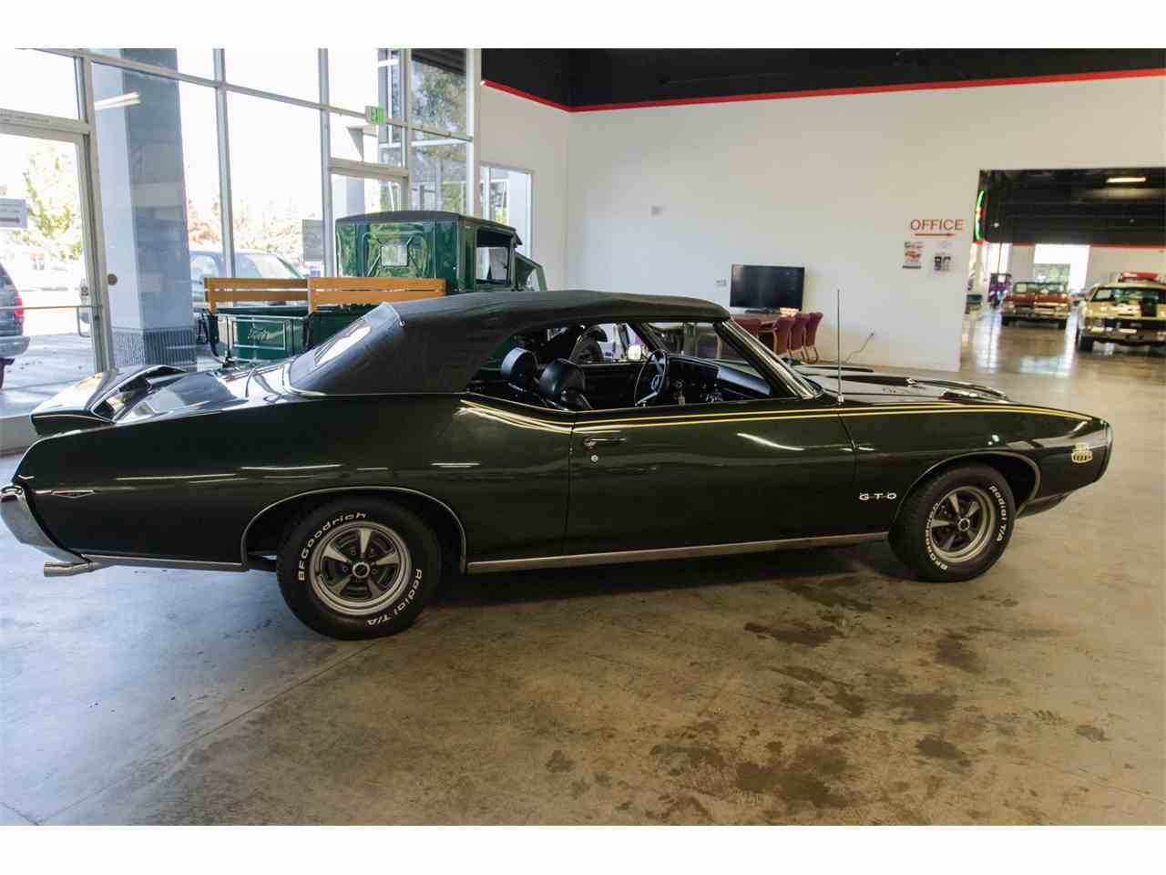 Large Picture of Classic 1969 Pontiac GTO - JVOR