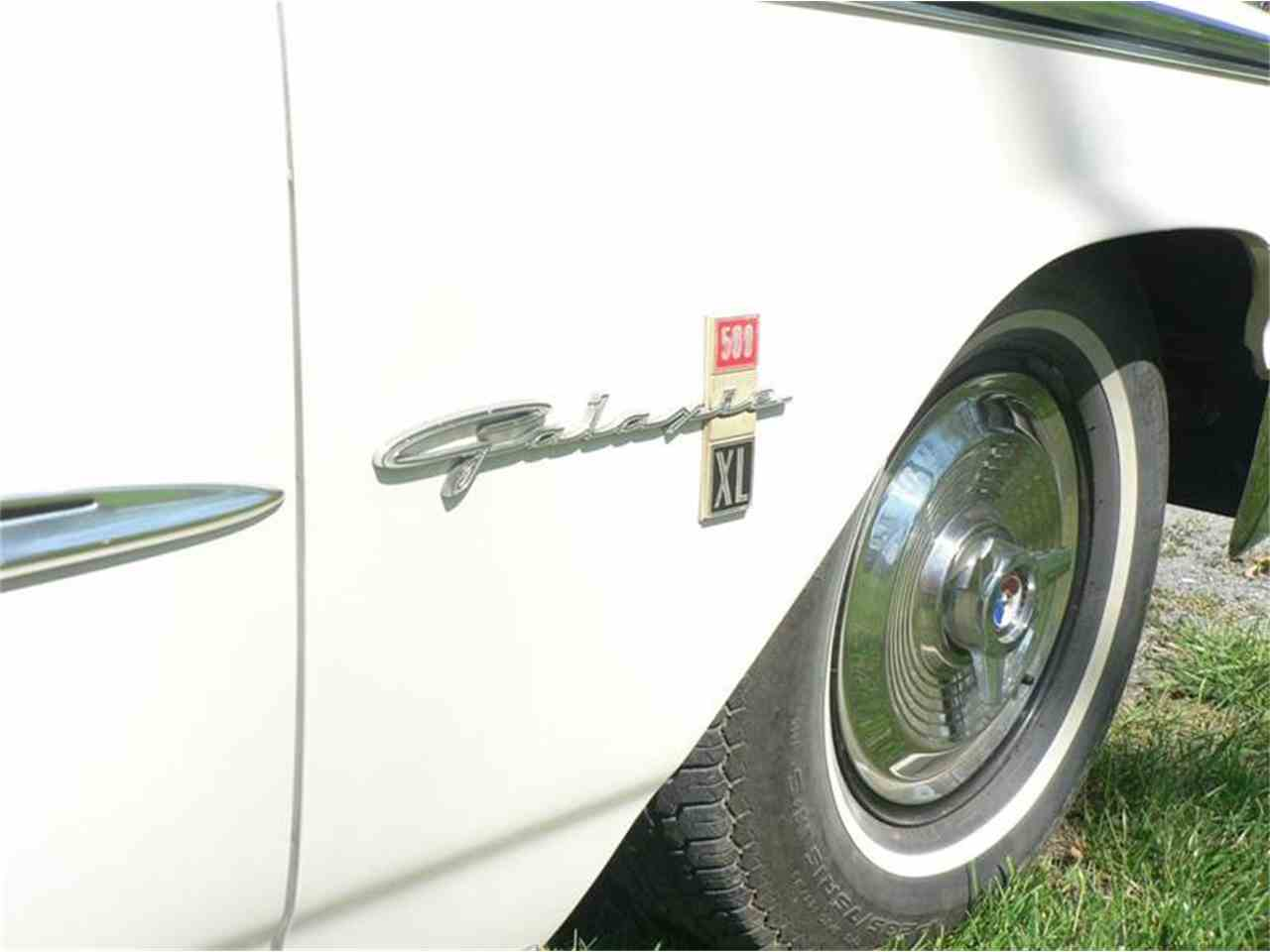 Large Picture of Classic '63 Ford Galaxie 500 XL located in Charlottesville Virginia - $57,500.00 Offered by Cville Classic Cars - JW66