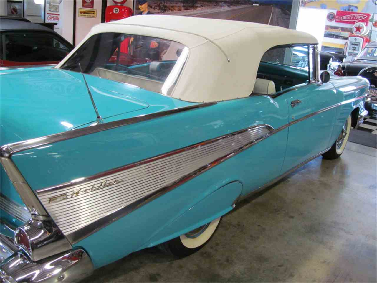 Large Picture of '57 Chevrolet Convertible located in Florence Alabama Offered by Hunt's Auto Restoration - JW6L