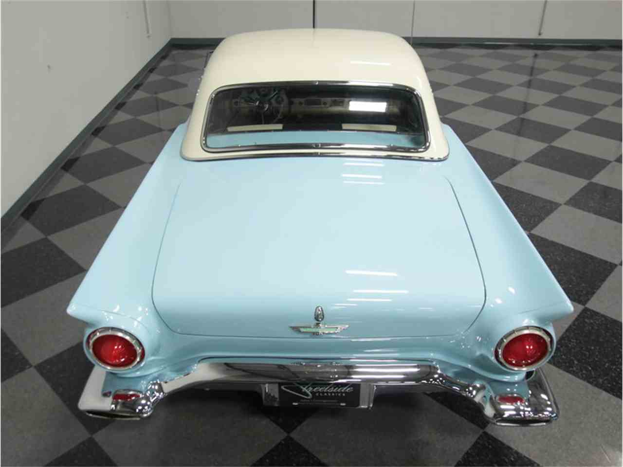 Large Picture of '57 Thunderbird - JW9F