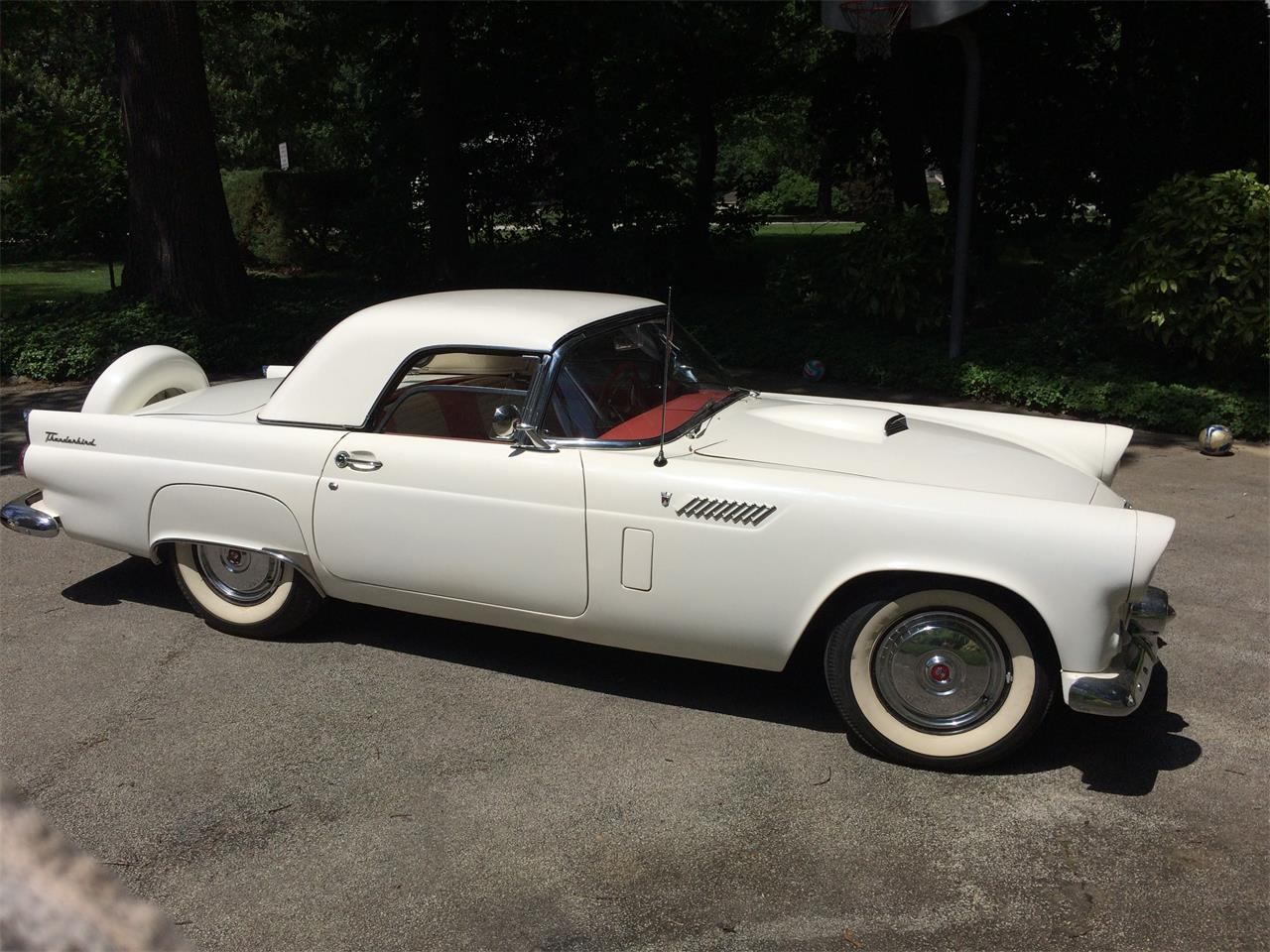 Large Picture of '56 Thunderbird - JWHQ