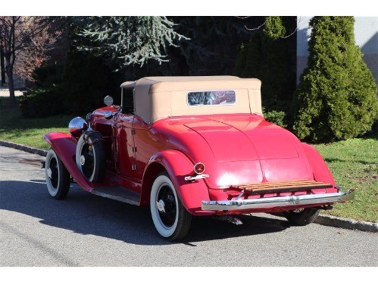 Large Picture of '31 Auburn 8-98A located in New York Offered by Gullwing Motor Cars - JWLH