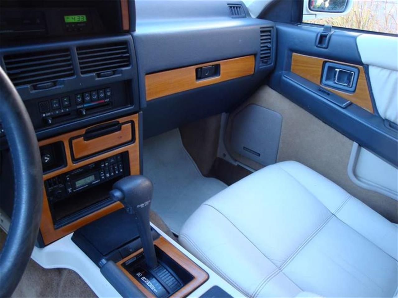 Large Picture of '91 Infiniti M30 - JX2H