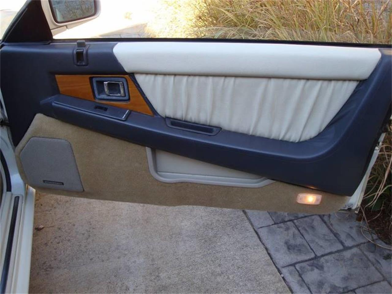 Large Picture of 1991 Infiniti M30 located in St Louis Missouri - $4,900.00 - JX2H