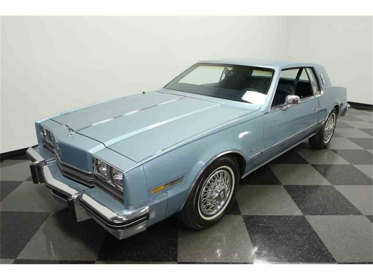 Large Picture of '85 Oldsmobile Toronado located in Florida - $9,995.00 - JPY6