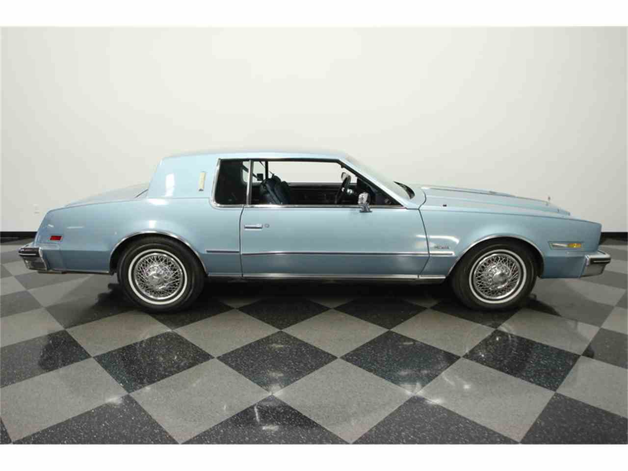 Large Picture of 1985 Oldsmobile Toronado located in Lutz Florida - JPY6