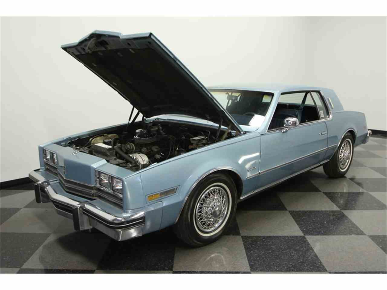 Large Picture of '85 Toronado located in Lutz Florida - $9,995.00 Offered by Streetside Classics - Tampa - JPY6