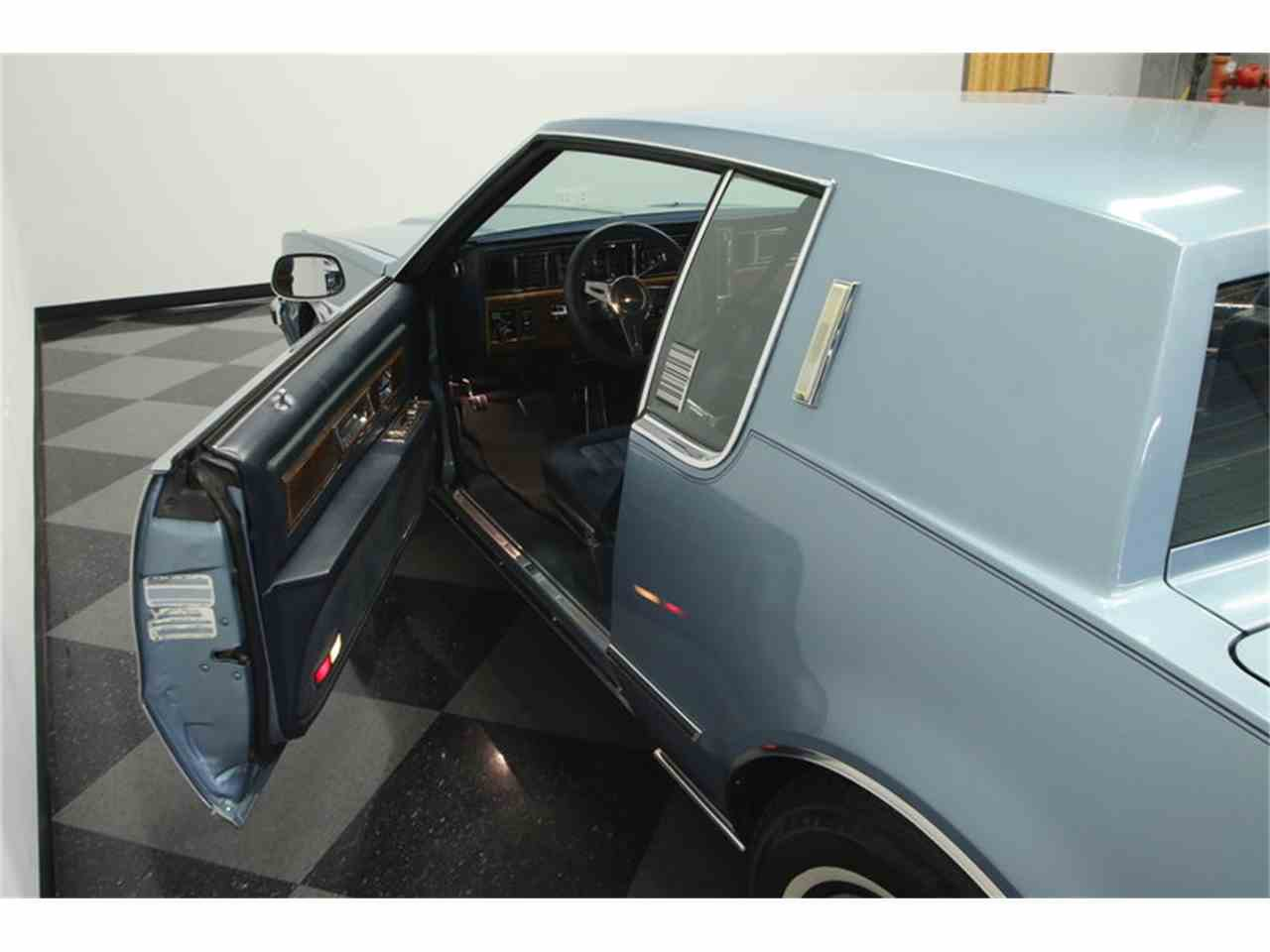 Large Picture of 1985 Oldsmobile Toronado located in Lutz Florida Offered by Streetside Classics - Tampa - JPY6