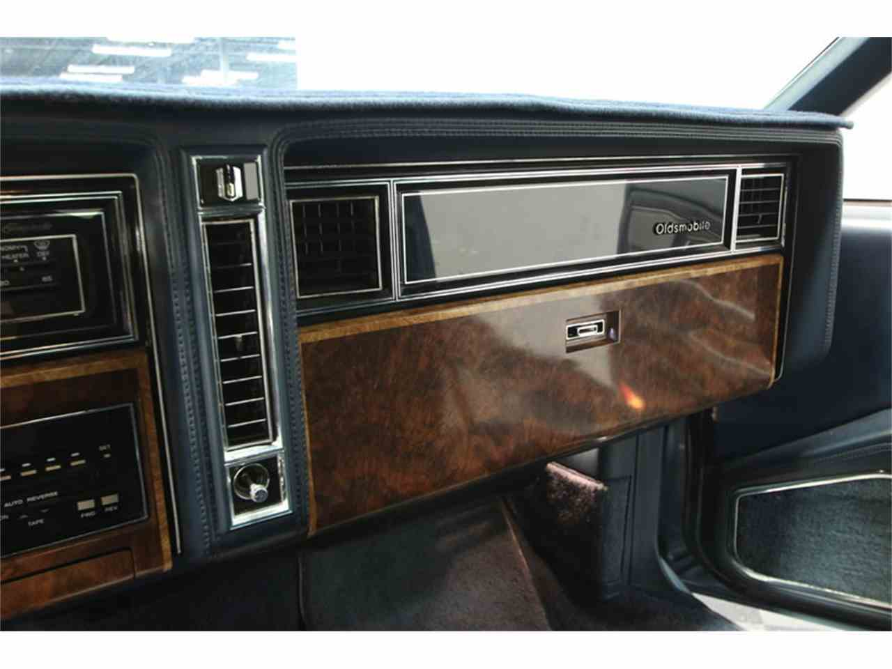 Large Picture of 1985 Oldsmobile Toronado - $9,995.00 Offered by Streetside Classics - Tampa - JPY6