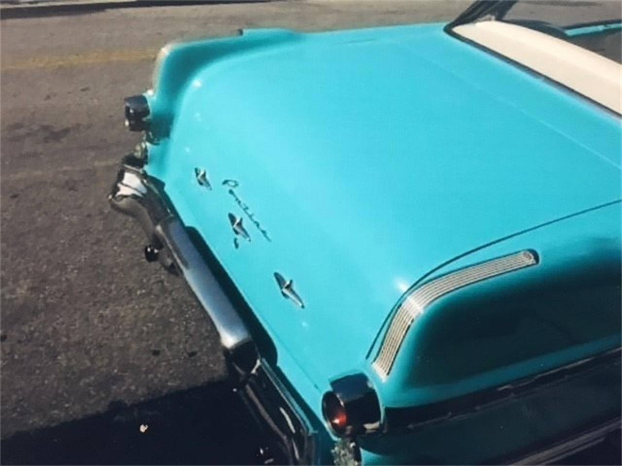 Large Picture of Classic 1956 Pontiac Star Chief Offered by a Private Seller - JYFI