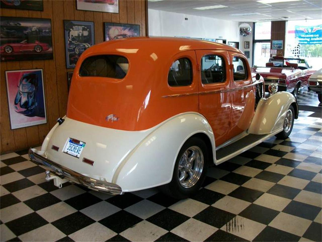 Large Picture of 1935 Chevrolet 4-Dr Sedan located in Michigan - JYOM