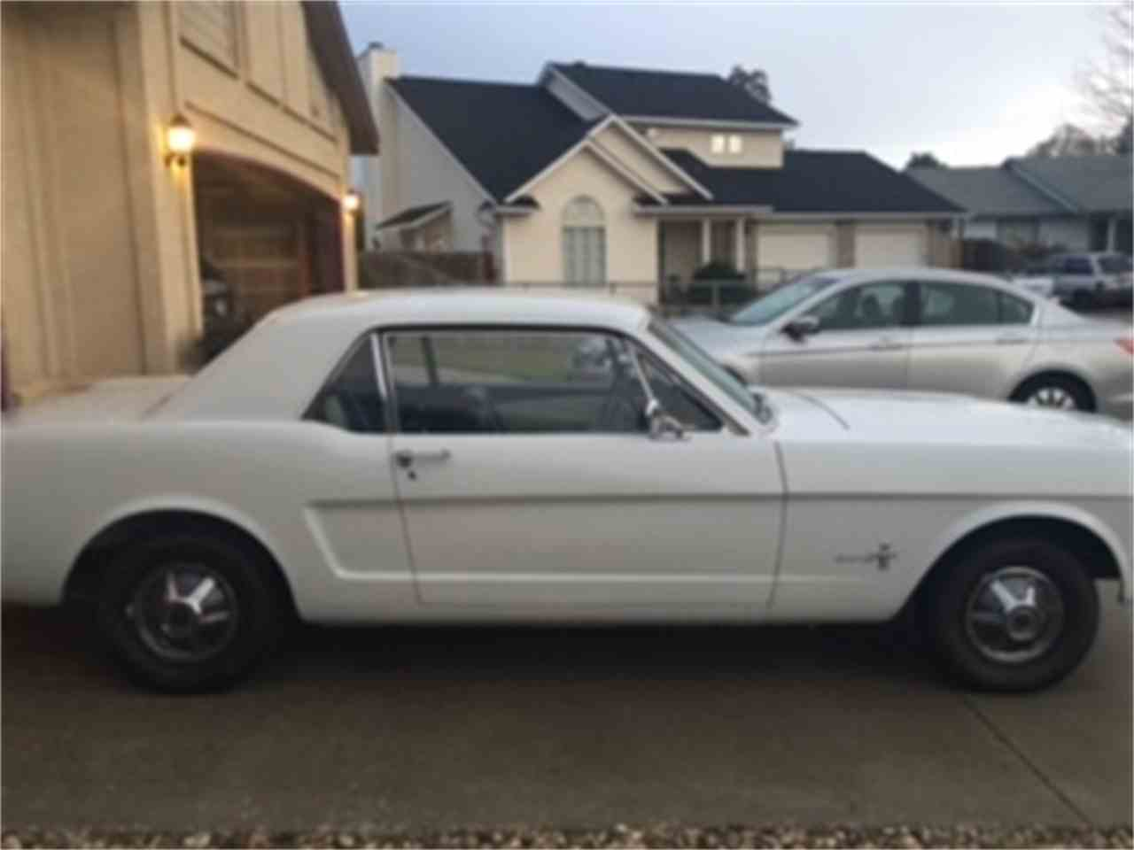 Large Picture of '65 Mustang - JYW7