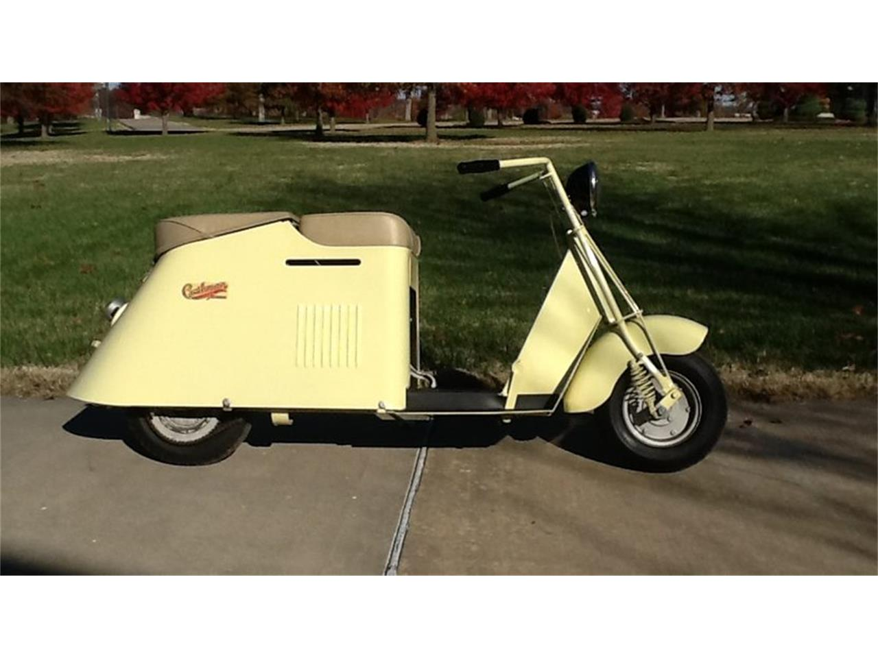 Large Picture of Classic 1948 Cushman 50 Series Pacemaker Auction Vehicle - JYZE